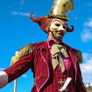 퍼레이드 테마 페스티벌, '니스 축제' 즐기기