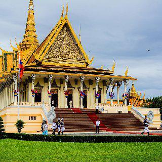 인공지능 추천 여행지 : 프놈펜 이미지